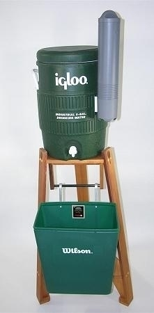 Wilson Deluxe Cedar Water Cooler And Stand Assembly - 519-256kgw - Court Equipment Court Accessories Tennis Nets 519-256KGW
