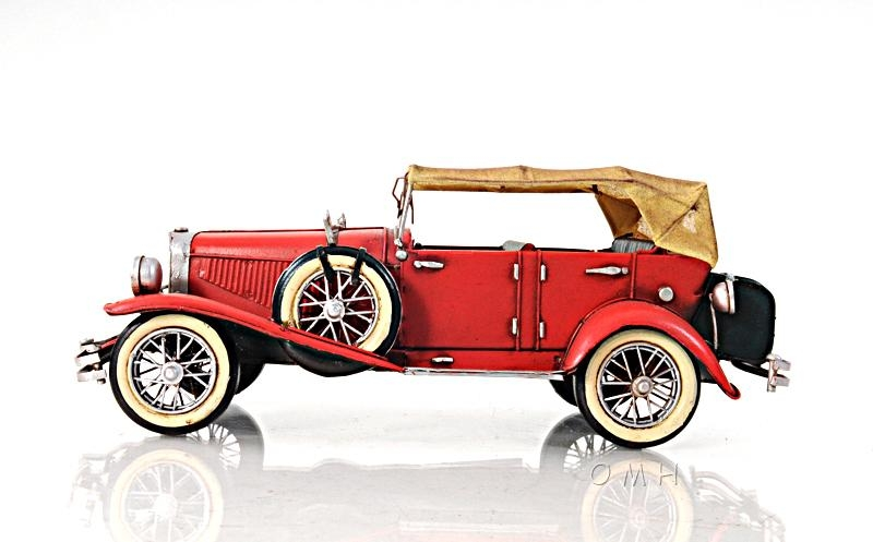 1933 Red Duesenberg J 1:12 - Aj026 - Collegiate Sports Ncaa College Carthage College Carthage Lady Reds Toys Games Puzzles Games AJ026