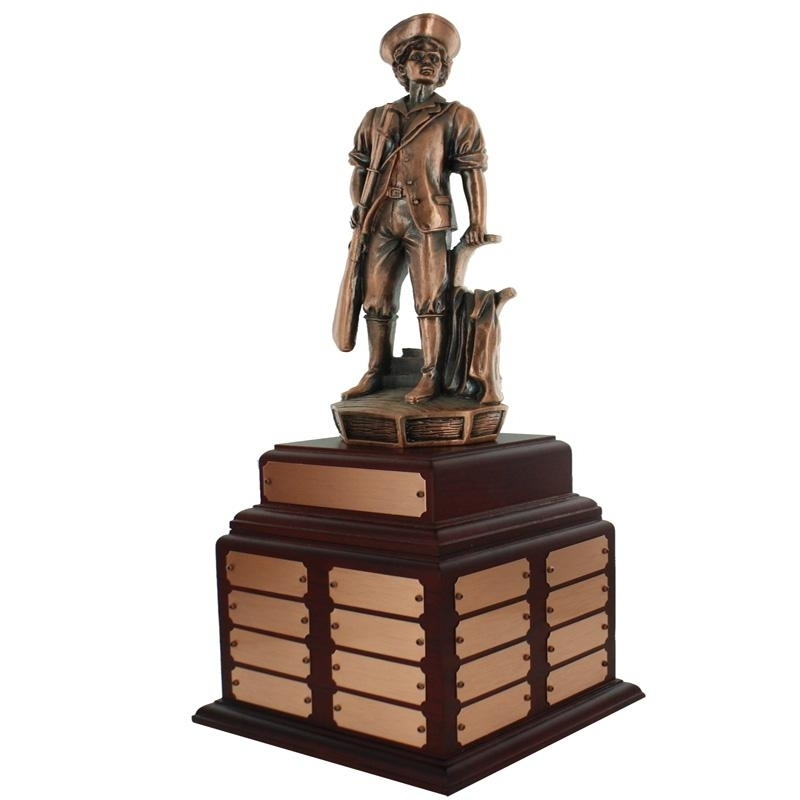 14 Inch Minuteman Bronze Perpetual Trophy Rosewood Base With 32 Name Plates - Tr7470-32 - Awards Traditional Wood Turning Trophies TR7470-32