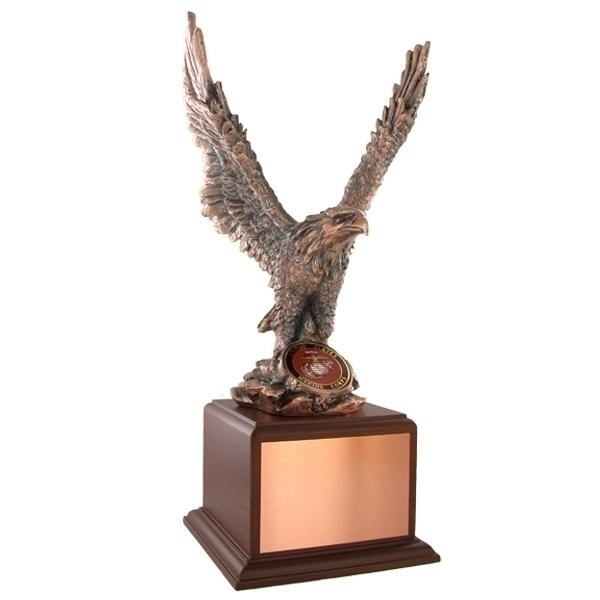 15-1/2 Inch Eagle Trophy; Bronze Electroplated; 2 Medallion - Tr5139 - Resin Trophies; Painted And Electroplated TR5139