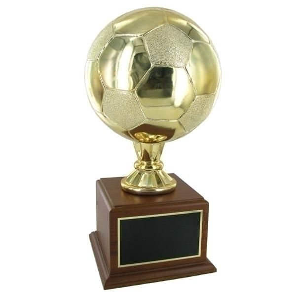 16-1/2 Inch Gold Soccer Trophy With 8 Diameter Ball On Walnut Base - Tr7373 - Awards Cups And Balls TR7373