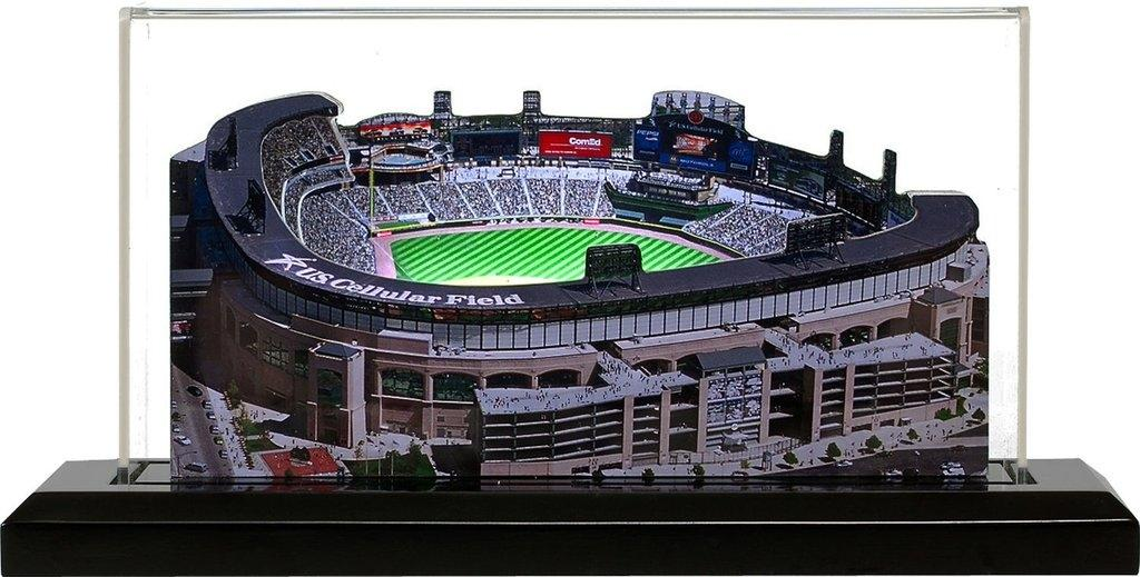 Chicago White Sox U.s. Cellular Field Jumbo With Display Case-19inch-3d - 1000263d - Baseball Mlb Baseball Chicago White Sox Display Cases 1000263D
